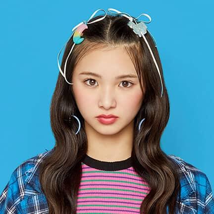 山口綺羅(Girls2)