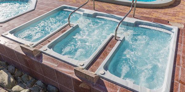 鴨川ホテル三日月-屋外ジャグジー