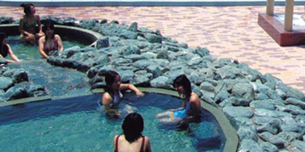 鴨川ホテル三日月-岩風呂